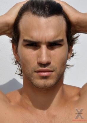 Bruno Santos, Dominic